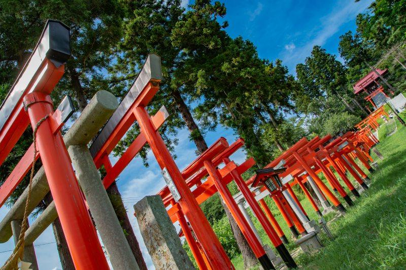 高屋敷稲荷神社(撮影:高木直人)